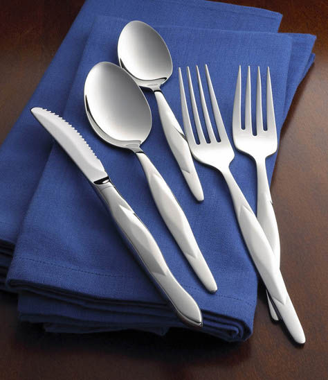 5 Pc Stainless Place Setting With Stainless Table Knife