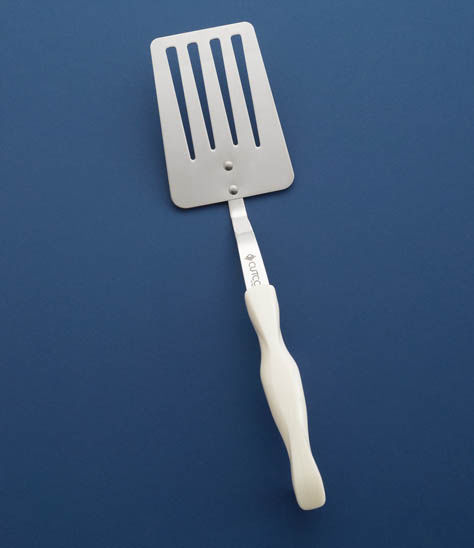 Slotted Turner | Kitchen Utensils By Cutco